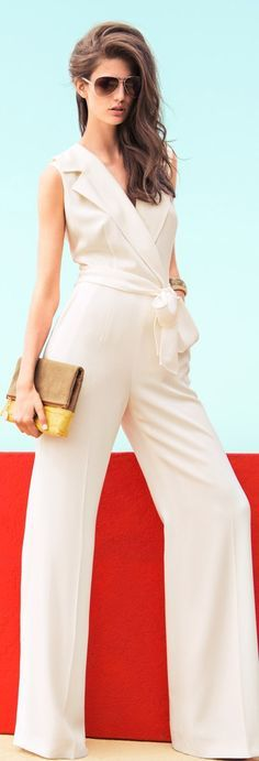 White jumpsuit - perfect for a hot summer night - Escada 2013 Mode Ab 50, Top Mode, Beige Outfit, Mein Style, High Fashion, Womens Fashion, Street Fashion, Luxury Fashion, Girls Wardrobe