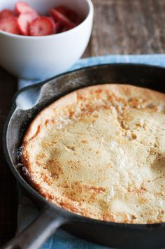 Breakfast Recipe: Dutch Baby Pancake    http://12tomatoes.com/2014/02/breakfast-recipe-dutch-baby-pancake.html