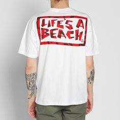 Now overseen by Palace-affiliate Fergus Purcell, Life's a Beach design director fills his SS17 collection with green, red and black animal prints - seemingly recalling A Tribe Called Quest's Low End Theory cover. Updating the iconic logo with a colourful leopard artwork, the distinct L.A.B logo is placed at the chest and rear of this soft cotton tee.  100% Cotton Ribbed Crewneck Tiger Pattern Chest & Back Print Woven Logo Tab