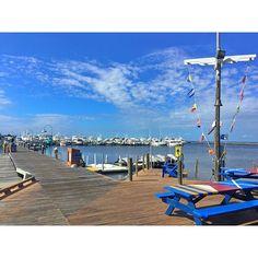 Great food and amazing views at Marina Bar & Grill located at the Baytowne Marina at Sandestin!