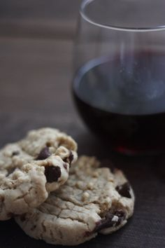 Vegan Chocolate Chip Peanut Butter Oatmeal Cookies