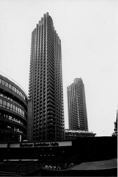 The Barbican Housing estate, City of London, c.May 2004. Barbican B&W005 | Flickr - Photo Sharing!
