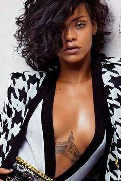Rihanna als sexy Lady ♥ stylefruits Inspiration ♥ -  popculturez.com #Rihanna #Rihannanavy