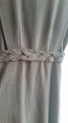 Source by ideas mennonite Dressy Dresses, Cute Dresses, Sleeve Designs, Dress Designs, Dress Sleeves, Dresses With Sleeves, Sewing Projects, Sewing Ideas, Pakistani Dresses
