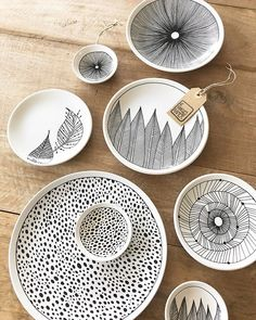 Latest Screen how to make Ceramics plates Strategies Keramik organische Platten Tinte – Gifts – Ceramic Clay, Ceramic Plates, Ceramic Pottery, Pottery Art, Ceramics Projects, Clay Projects, Pottery Painting, Ceramic Painting, Diy Clay