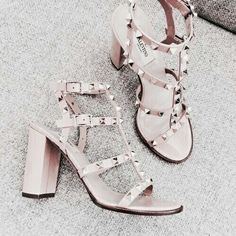 Discover 'Rockstud' sandals, boots and Valentino sneakers at Farfetch. Shop Valentino shoes for women and enjoy express shipping & free returns. Sock Shoes, Shoe Boots, Shoes Heels, Pumps, Shoe Bag, Crazy Shoes, Me Too Shoes, Dream Shoes, Valentino Sneakers