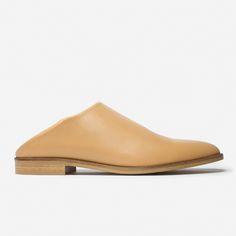 minimal autumn shoes