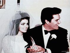 Selena Quintanilla Never Before Seen Photos Elvis And Priscilla, Priscilla Presley, Elvis Presley, Night Before Wedding, Selena And Chris Perez, Selena Pictures, Selena Quintanilla Perez, Mexican American, Las Vegas Hotels