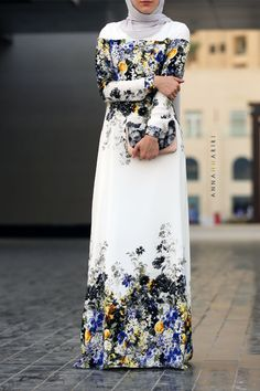 Gypsy Modest Dress fashion online discount clothing stores woman in islam arabian abayas islamic Abaya Dress Grey&Maroon Islamic Fashion, Muslim Fashion, Modest Fashion, Hijab Fashion, Uk Fashion, Trendy Fashion, Blue Dress Outfit, The Dress, Muslim Dress