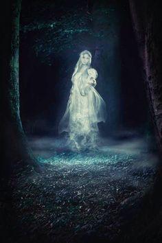 High Fantasy, Dark Fantasy Art, Fantasy Artwork, Fantasy World, Dark Art, Dark Creatures, Fantasy Creatures, Mythical Creatures, Elfa