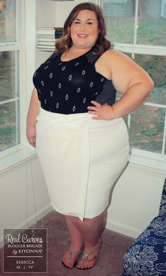 """Another way blogger Rebecca (5\'4"""" and a size 4x) from ..."""