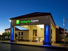 Cranberry Township (PA) Holiday Inn Express Pittsburgh-Cranberry United States, North America Holiday Inn Express Pittsburgh-Cranberry is perfectly located for both business and leisure guests in Cranberry Township (PA). The hotel offers a high standard of service and amenities to suit the individual needs of all travelers. Free Wi-Fi in all rooms, 24-hour front desk, facilities for disabled guests, meeting facilities, business center are just some of the facilities on offer. ...