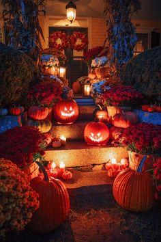 Halloween Treats For Kids, Halloween Inspo, Fete Halloween, Halloween Home Decor, Diy Halloween Decorations, Vintage Halloween, Halloween Crafts, Happy Halloween, Halloween Nails