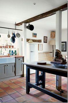 image saltillo tile flooring - Terra Cotta Tile Apartment 2015