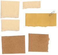 pedaços de papel