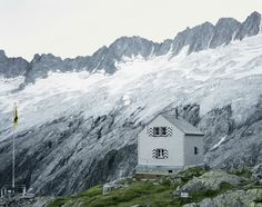 Safarious - Swiss Mountain Refuges - Keep Warm & Carry On. / Clay Knight / Gallery