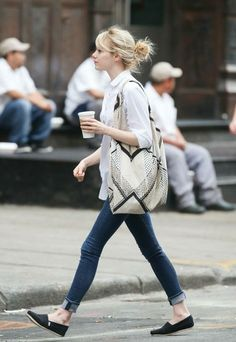 emma stone outfits best outfits - Page 8 of 100 - Celebrity Style and Fashion Trends Emma Stone Style, Emma Stone Casual, Emma Stone Outfit, Emma Stone Street Style, Toms Outfits, Casual Outfits, Fashion Outfits, Womens Fashion, Toms Shoes Outfit