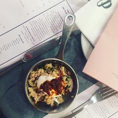 The palomar! amazing discovery thanks to @ellecuisine16 #thatbread #thattahini #wow #delicious #cantwaitforacookbook #someonepleasebringmesometakeaway #yum #lppcityguidetolondon #london #toeat #restaurant #tolunch #sitatthebar