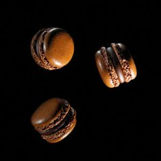 Dark Chocolate Macaroons @Nia Sarinastiti Setia