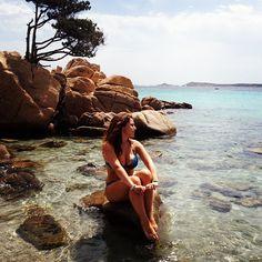 "20 Gostos, 5 Comentários - Judith (@judithanna91) no Instagram: ""#me#mare#sea#sun#estate#sardegna#meraviglioso#spettacolo#pensieri#picoftheday#photooftheday#instapic#instagood#instamood#instadaily#instangram#instaitalia#instangrammers#ig23#italy#iphone#iphonesia#igers#like#likeback#like4like"""