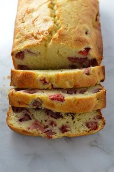 This Strawberry Bread from A Taste of Madness makes a tasty breakfast, snack, or dessert! Loaded with bursts of fresh strawberry, this bread is incredibly moist and turns out amazing every time! Strawberry Bread Recipes, Strawberry Desserts, Banana Bread Recipes, Cake Recipes, Dessert Recipes, Strawberry Facts, Strawberry Cobbler, Cheese Recipes, Yummy Recipes