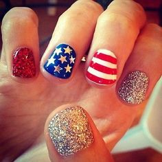 4th of July Nail Design Ideas. Fun way to dress professionally but still add a little 4th of July fun!
