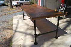 Industrial Desk Build http://www.caseygodlove.com/blog/2014/4/17/industrial-desk-build