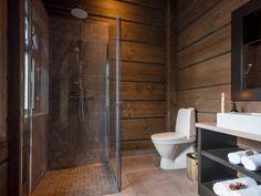 Nyoppført lekker hytte med flott og attraktiv beliggenhet. | FINN.no Ski Decor, Home Decor, Mountain Cottage, Cabin Interiors, Log Homes, Real Estate, Bathroom Cabinets, Cabin Ideas, Future