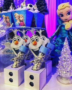 May Birthday, Frozen Birthday Party, Olaf Pinata, Ana Frozen, Frozen Party Decorations, Frozen Theme, Minnie, Minions, First Birthdays
