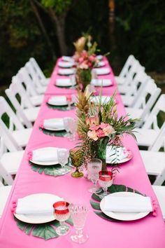63 Bold And fun Tropical Bridal Shower Ideas Even if you aren't going to get married on a tropical island, you can always use this colorful and fun theme for your wedding and of course for your . Luau Bridal Shower, Bridal Shower Decorations, Baby Shower, Aloha Party, Luau Party, Flamingo Party, Hawaii Party Dekoration, Havanna Party, Princess Party