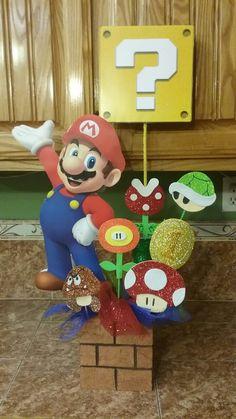 Centro de mesa Super Mario Bross Mario Birthday Cake, Super Mario Birthday, Mario Bros., Mario And Luigi, Mario Crafts, Peach Party, Super Mario Bros, Super Mario Party, Mario Brothers