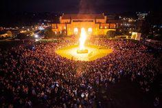 Beat Southern Cal football bonfire