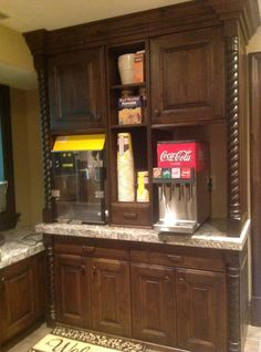 Small fountain drink machine for movie room