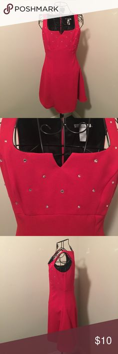 Windsor fit & flare dress Rhinestone detailing at chest. 30.5 inches from shoulder to hem. Size 5/6. 100% polyester. Dry clean only. WINDSOR Dresses Prom