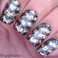 Instagram photo by @spejldame (Sparkly Nails by Spejldame) | Iconosquare. Black and gold holographic glitter placement nail art.