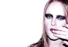 redbeauty01 New Job, Chile, Halloween Face Makeup, Artwork, Red, Beauty, Work Of Art, Chili Powder, Chilis