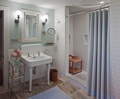 Tiles & Painted Walls - Traditional Bathroom Sink Design, Pictures, Remodel, Decor and Ideas