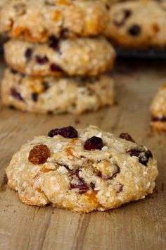 Outrageous oatmeal cookies baked with coconut oil making them melt-in-your-mouth delicious! Cookie Recipes, Dessert Recipes, Yummy Recipes, Oatmeal Coconut Cookies, Desserts With Biscuits, Baking With Coconut Oil, Cookie Time, Cookie Crumbs, Dairy Free Recipes