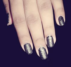 Nail art matt black
