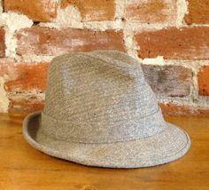 More men should wear hats like this.