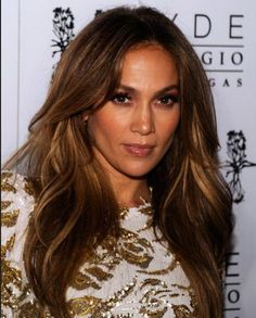 For 2014 hair trend, Jennifer Lopez has already set up several different hairstyles, including new colors as well
