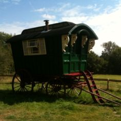 'Wind in the Willows' Caravan Black Mountains of Monmouthshire Beauuttyyyfull :)