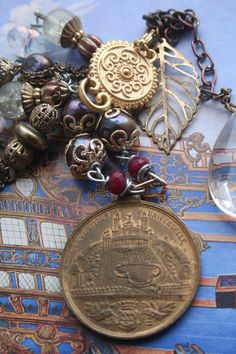 Handmade necklace French Vintage French Medal necklace Funky Jewelry, Unusual Jewelry, I Love Jewelry, Boho Jewelry, Antique Jewelry, Vintage Jewelry, Royal Jewelry, Upcycled Vintage, Vintage Items