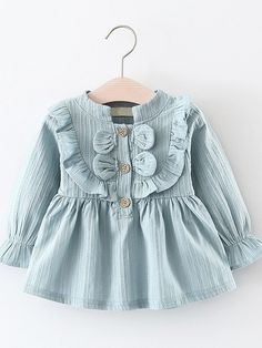 Baby Robes – Baby and Toddler Clothing and Accesories Girls Summer Outfits, Baby Outfits, Kids Outfits, Baby Girl Fashion, Kids Fashion, Frock Design, Vestidos Vintage, Dress With Bow, Little Girl Dresses