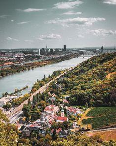 ▸ Wiener Stadtwanderwege: Entdecke idyllische Ecken | 1000things.at Vienna, Dolores Park, Motto, City, Traveling, Illustrated Maps, Road Trip Destinations, Hiking, Destinations