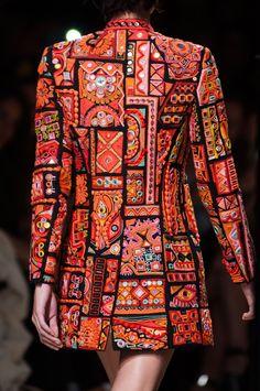 Barbara Bui at Paris Fashion Week Spring 2015 - Details Runway Photos Hijab Fashion, Boho Fashion, Fashion Dresses, Womens Fashion, Fashion Design, Paris Fashion, Afghan Clothes, Iranian Women Fashion, Altering Clothes