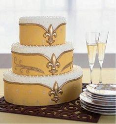 Fleur de Lis Cake for that French Flair