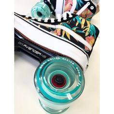 Custom set up on its way to NYC! No matter what skate set up you have the Moxi Outdoor wheels are going to feel perfect on… Outdoor Roller Skates, Retro Roller Skates, Roller Skate Shoes, Quad Roller Skates, Roller Derby, Roller Skating, Skateboard Girl, Cute Shoes, Burton Snowboards