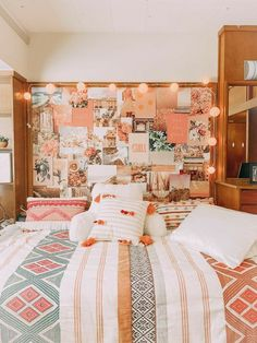 Cute Dorm Rooms, College Dorm Rooms, Girl College Dorms, College Room Decor, Disney College, College Bags, City College, College Life, Apartment Inspiration