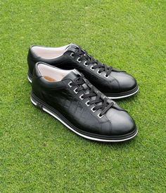 Golf Day, Golf Channel, Tiger Woods, Golf Fashion, Golf Shoes, Golf Tips, Golf Clubs, All Black Sneakers, Gentleman